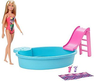 Barbie Doll and Playset – GHL91