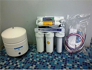 6 Stage Water Filteration with Minral and Booster Pump ( PurePro Made in USA)