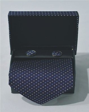 Professional Tie With Cufflinks And A Beautiful Case.