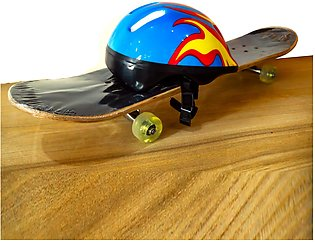 Pirates Helmet with Skateboard