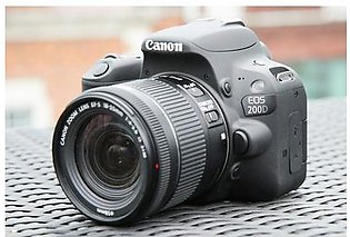Canon EOS 200D With kit lens EF-S 18-55 IS STM (Black)