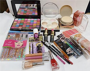 15 in 1 Mega Discount Deal Make up items beauty products, Eye shadow kit brush …