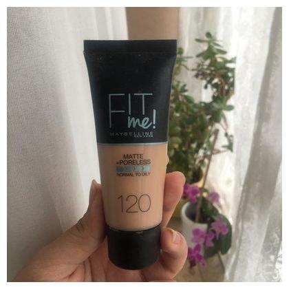 Maybelline Fit Me Matte & Poreless Foundation - 120 Porcelain 30ml