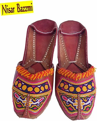 Traditional Khussa For Women