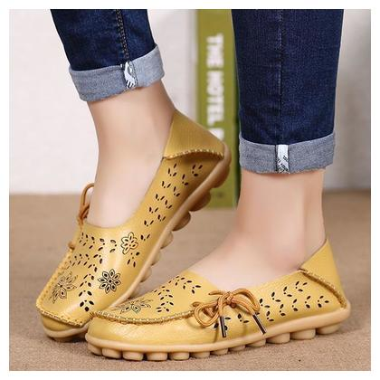 Factory wholesale sandals summer shoes hole flat leather shoes casual girls aged Doug Mama shoes code YELLOW