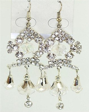 Silver Earring with white beads and stone