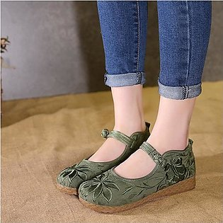 Fashion Flower Embroidery Chinese Knot Flat Retro Loafers Boat Shoes For Women