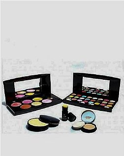 Pack Of 5 Makeup Kit Multicolor