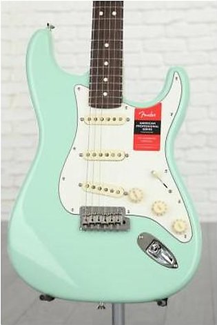 Fender American Professional Stratocaster Sweetwater Exclusive - Surf Green w...