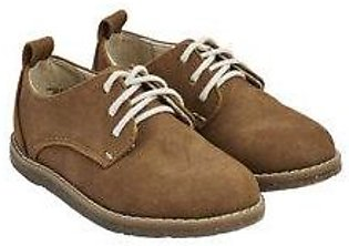 tan laced shoes