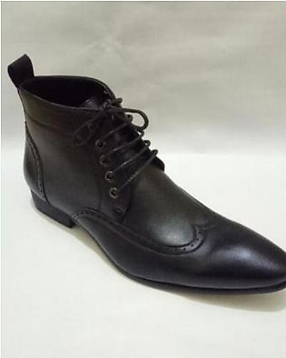 Brogue Cow Boy Design Laces Black Formal Shoes For Men in Pakistan