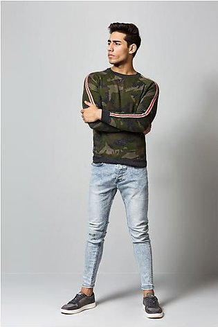 Camo sweater with side stripes