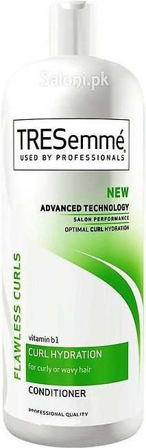 TRESemme Flawless Curls Conditioner 828ML