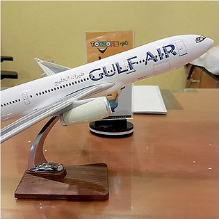 Diecast 1:160 Scale Airplane - Gulf Airlines Boeing 787